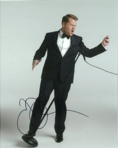 James Corden -  10 x 8 Genuine signed Autograph 10759